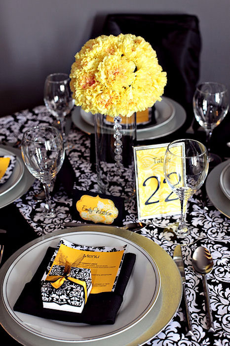 yellow wedding decor | Eternally Engaged