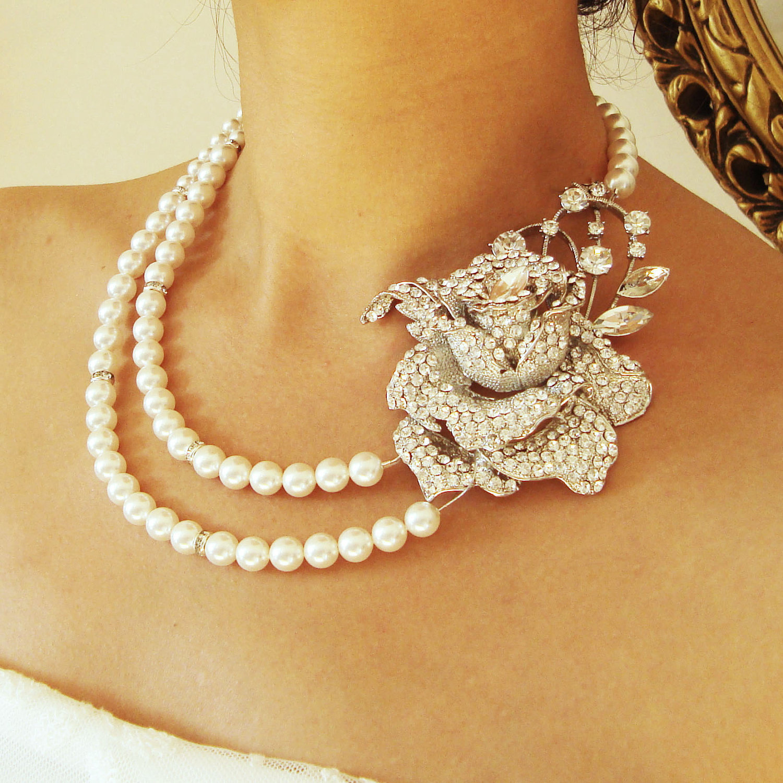 trend alert statement wedding jewelry – Engaged Events